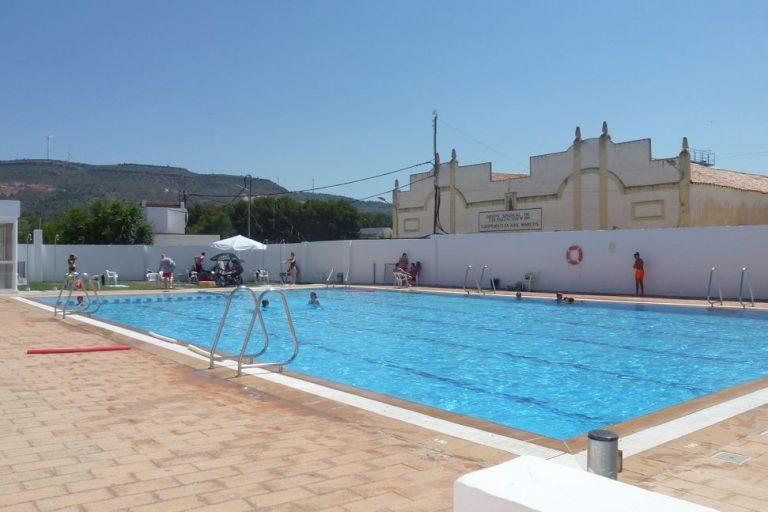 Bar la piscina Aras de los Olmos